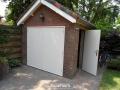 Bennekom, houten garagedeuren
